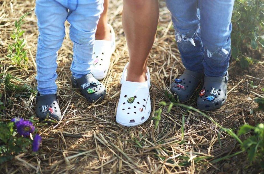 "Kas trečias lietuvis jau nešioja ""Crocs"" batus?"