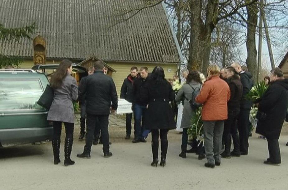 Panevėžio rajone rasto negyvo mažamečio laidotuvės