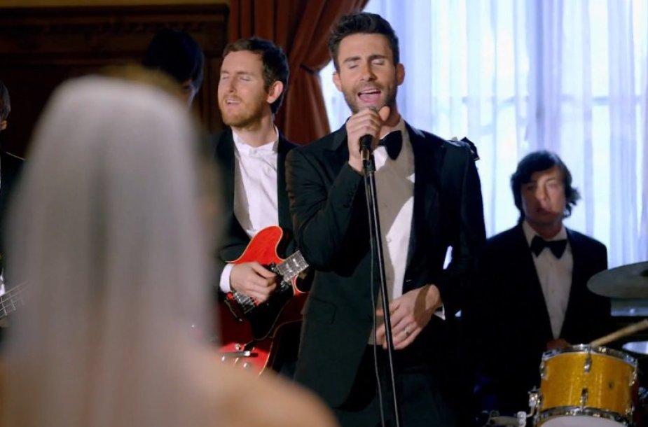 """Maroon 5"" vaizdo klipas ""Sugar"""