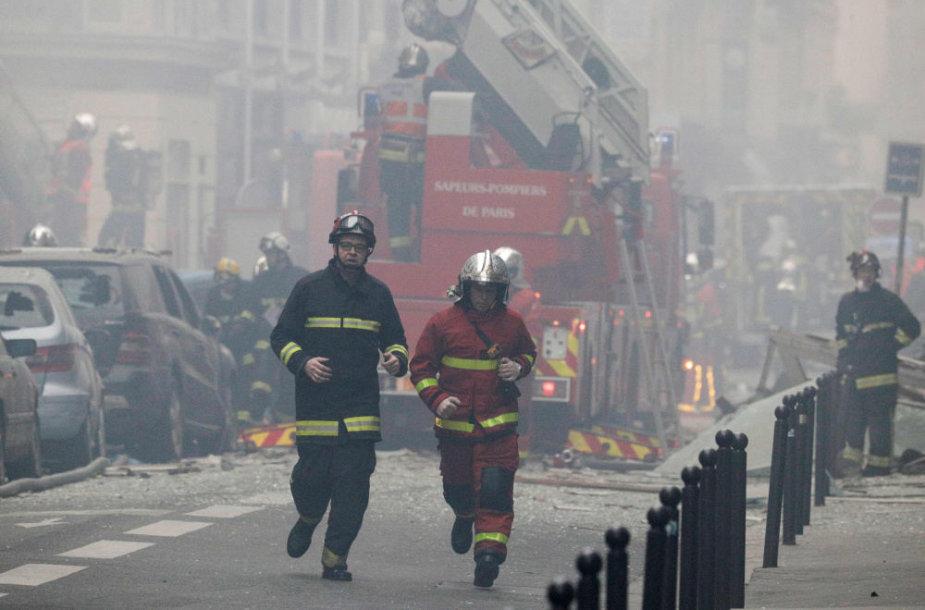 Galingas sprogimas nuniokojo kepyklą Paryžiaus centre