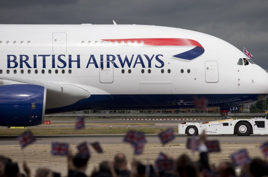 """""""British Airways"""" vietoj Granados nuskraidono į Grenadą"""