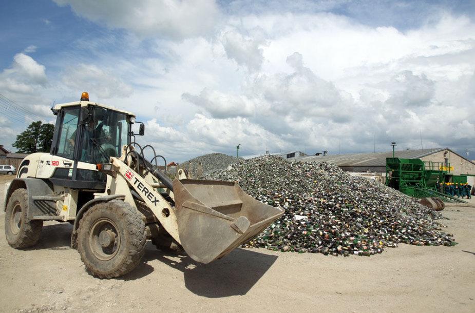Atliekų perdirbimo įmonėje