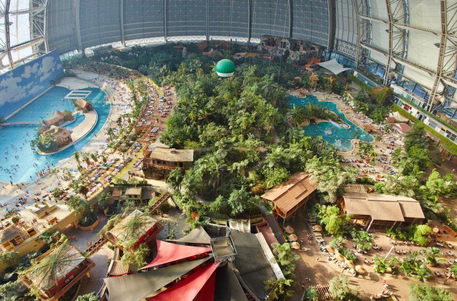 """Vaizdo rezultatas pagal užklausą """"Didžiausias pasaulyje vandens parkas"""""""