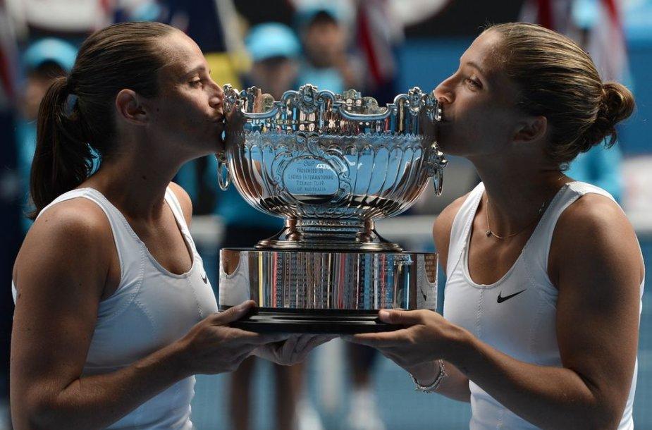 """Sara Errani ir Roberta Vinci tapo 2013 metų """"Australian Open"""" moterų dvejetų varžybų nugalėtojomis"""
