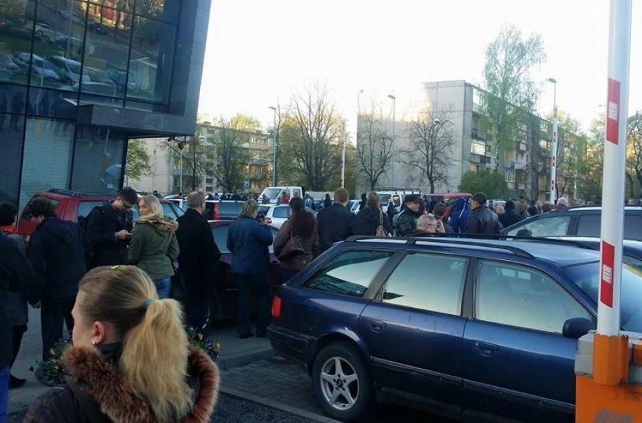Prie VMI nusidriekė norinčiųjų deklaruoti pajamas eilė