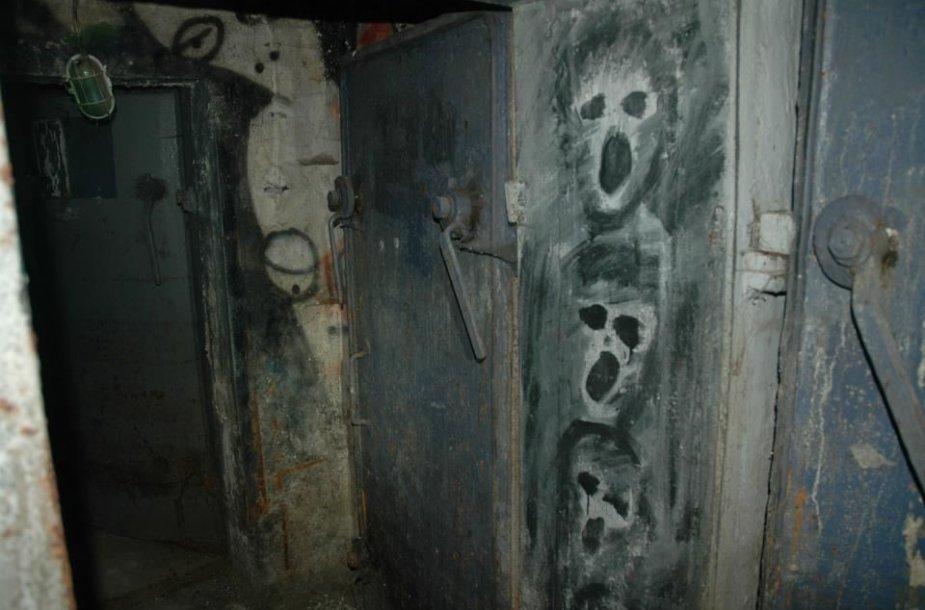 """Klubas """"Bombiakas"""" buvo įsikūręs apleistame bunkeryje"""