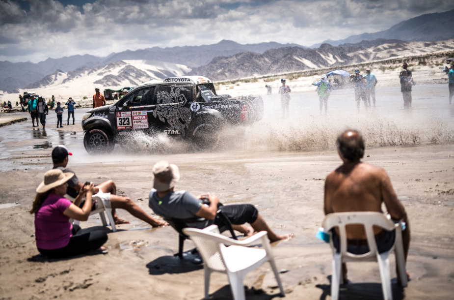 """Dakaro ralis, """"General Financing Team Pitlane"""" komanda, Marian Chytka nuotr."""