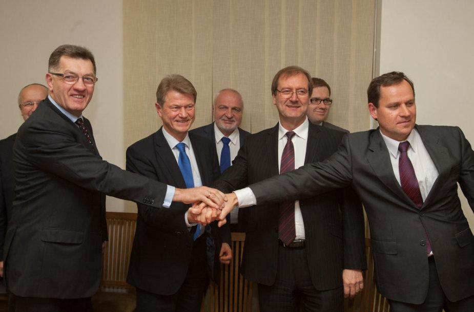 Koalicijos sutartis pasirasyta