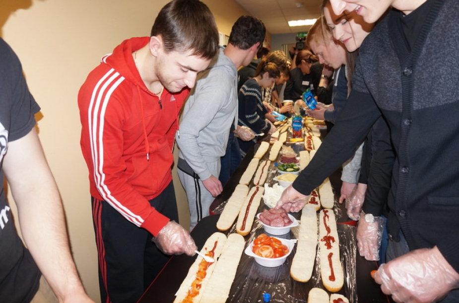 VDU studentai tepė rekordinį sumuštinį