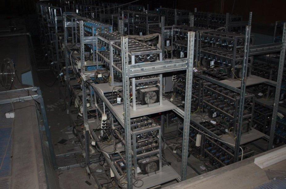 Varžytinėse išparduodami kriptovaliutų kasimo įrenginiai