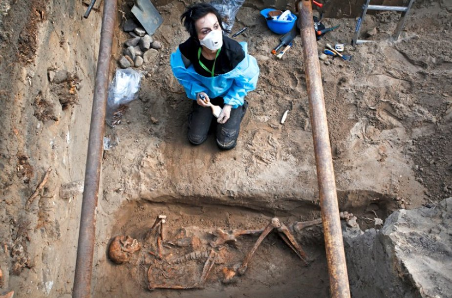 Powadzki kapinėse archeologai ieško Lenkijos komunistinio saugumo nužudytų tautos didvyrių.