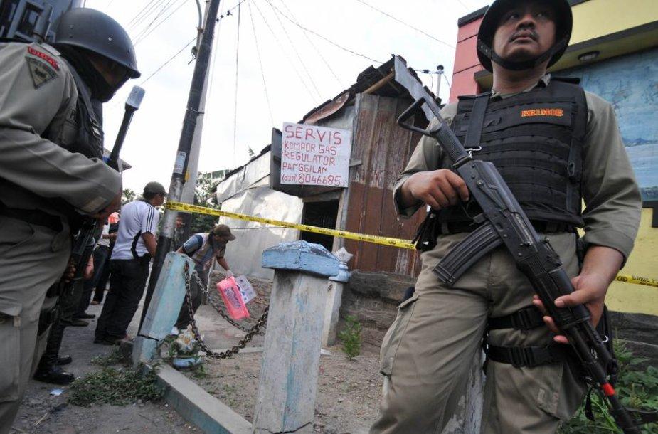 Indonezijos specialiųjų policijos pajėgų pareigūnai