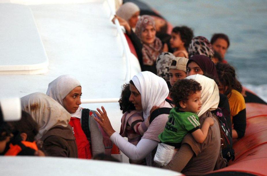 Migrantai Sicilijoje