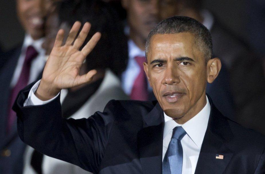 B.Obama tapo pirmuoju Keniją aplankiusiu pareigas einančiu JAV prezidentu