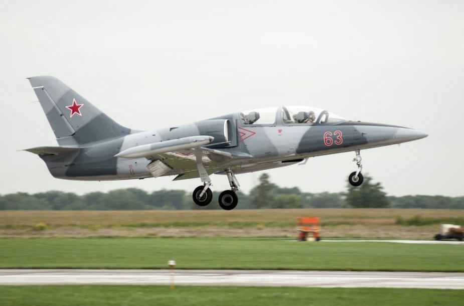 Karinis lėktuvas L-39