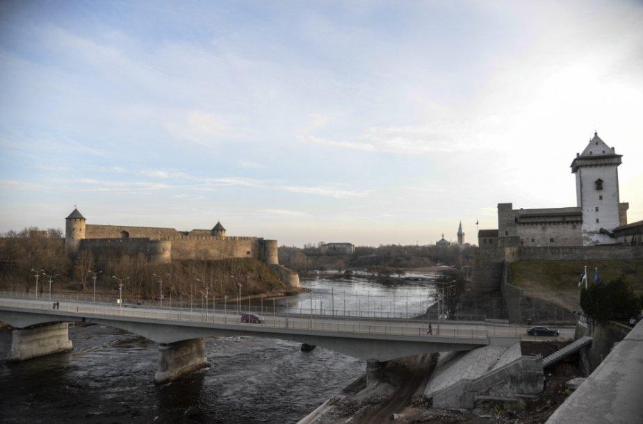Tiltas tarp Estijos miesto Narvos ir Rusijos miesto Ivangorodo