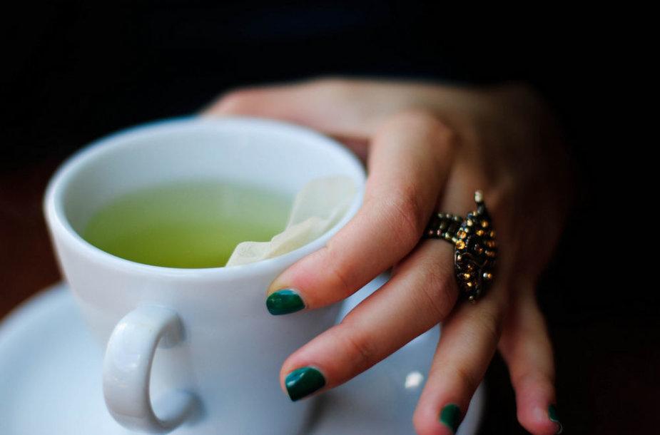 Tabletes keiskite arbatomis