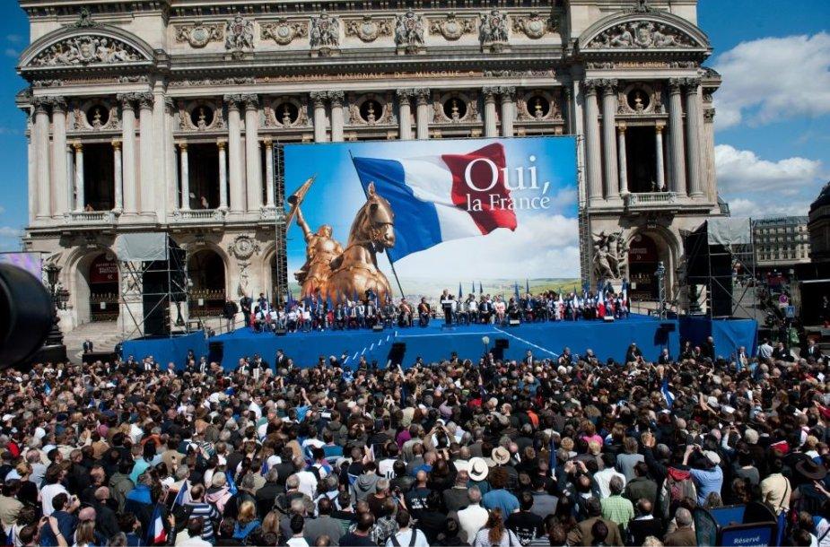 Marine Le Pen šalininkų mitingas Paryžiuje