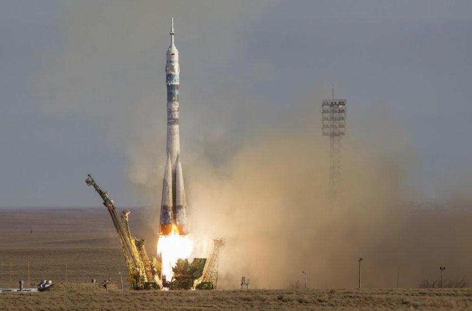 """Raketos """"Sojuz FG"""" pakilimas"""