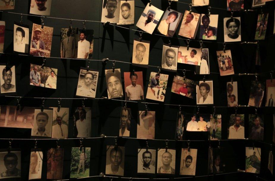 Ruandos genocido aukos