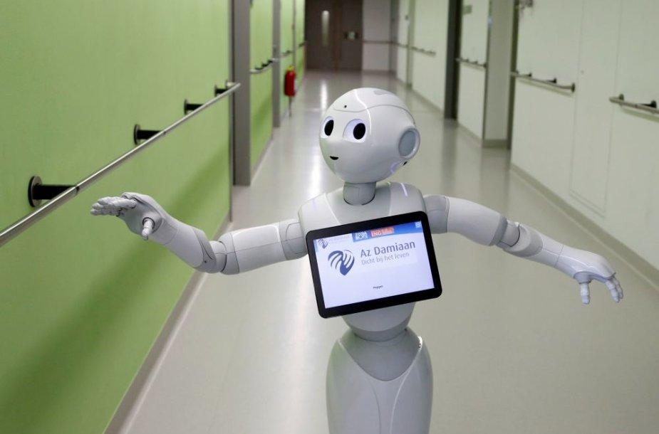Robotas pradėjo dirbti ligoninėje