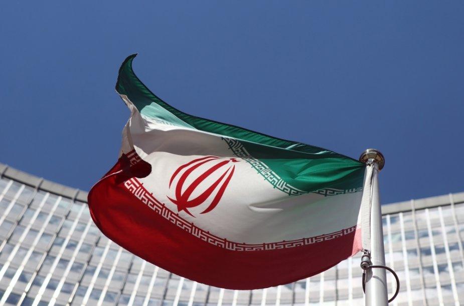 Irano vėliava prie JT būstinės Vienoje