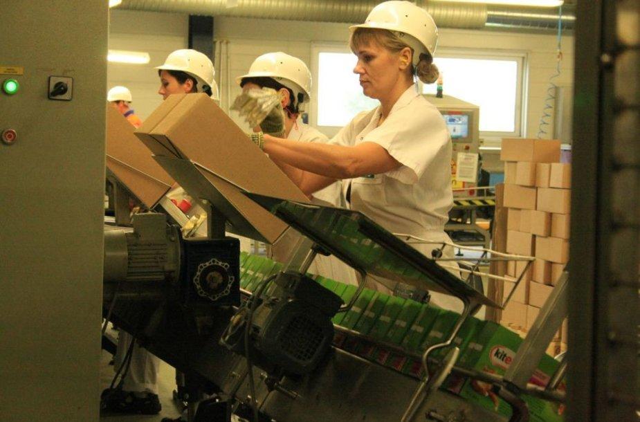 """Bendrovė """"Mars Lietuva"""" šiemet ketina pagaminti 2 tūkst. t daugiau produkcijos nei praėjusiais metais."""