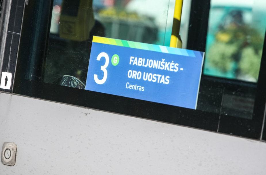 Autobusų ir troleibusų keleiviams tenka prisitaikyti prie naujų važinėjimo po Vilnių ypatumų