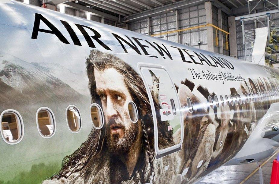 Filmo reklama ant Naujosios Zelandijos avialinijų lėktuvo