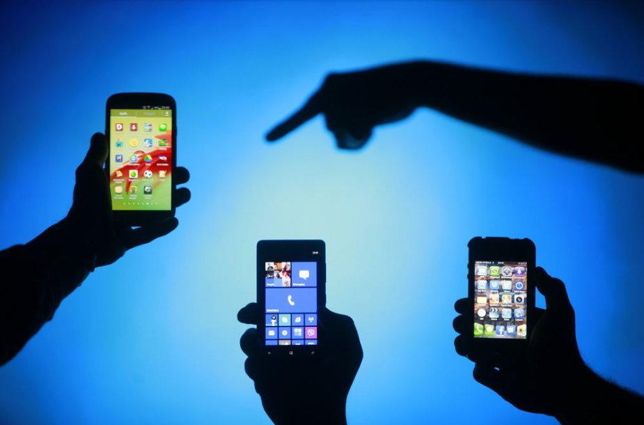 Išmanieji telefonai su skirtingomis operacinėmis sistemomis