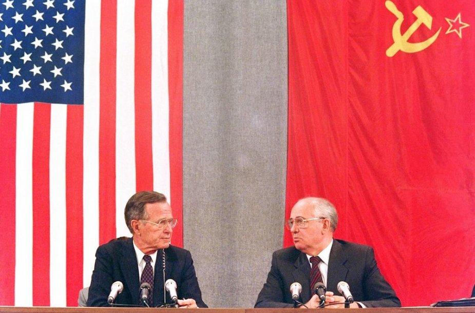 George'as Bushas vyresnysis ir Michailas Gorbačiovas (1991 m. liepos 31 d.)