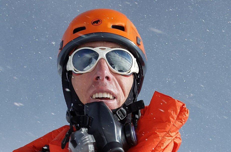 Alpinistas Steve'as Plainas