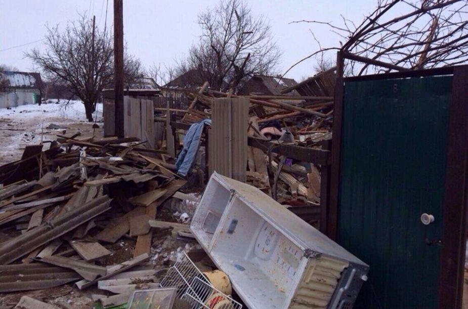 Teroristai sugriovė namą Uglegorske, žuvo du vaikai