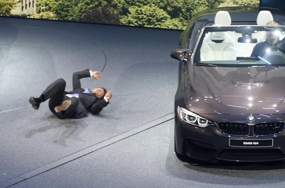 Haraldas Kruegeris Frankfurto automobilių parodoje