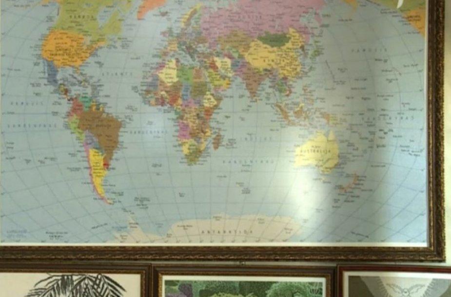 Išsiuvinėtas žemėlapis