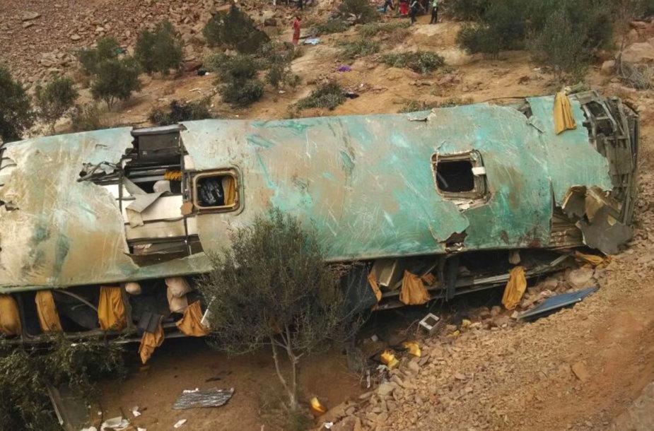 Peru per eismo nelaimę žuvo mažiausiai 35 autobusu važiavę žmonės