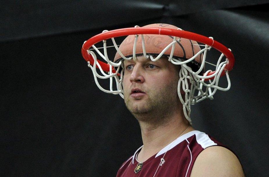 Latvijos krepšinio sirgalius