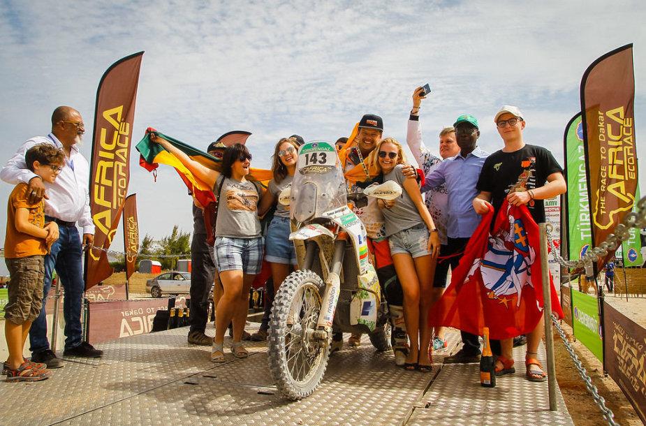 """Tomas Jančys finišavo """"Africa Eco Race"""" varžybose"""
