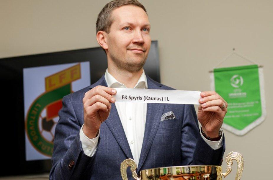 J.Garliauskas