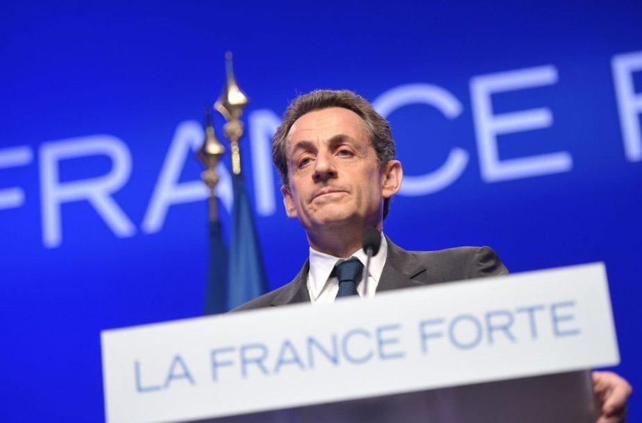 Nicolas Sarkozy ir jo šalininkams teko pripažinti pralaimjėimą