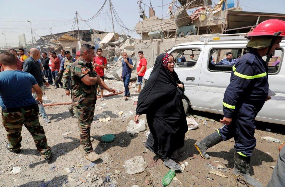 Bagdade sprogus užminuotam automobiliui žuvo 11 žmonių
