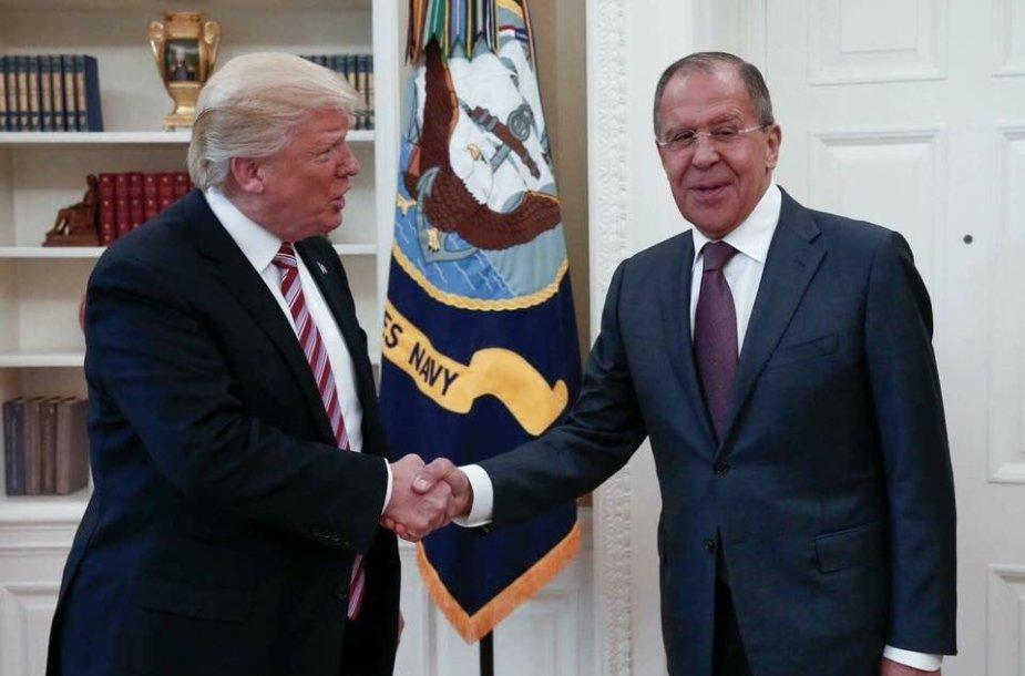 S.Lavrovas ir D.Trumpas Baltuosiuose rūmuos
