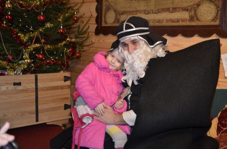 Trakuose viešėjo Kalėdų Senis iš Gruzijos.