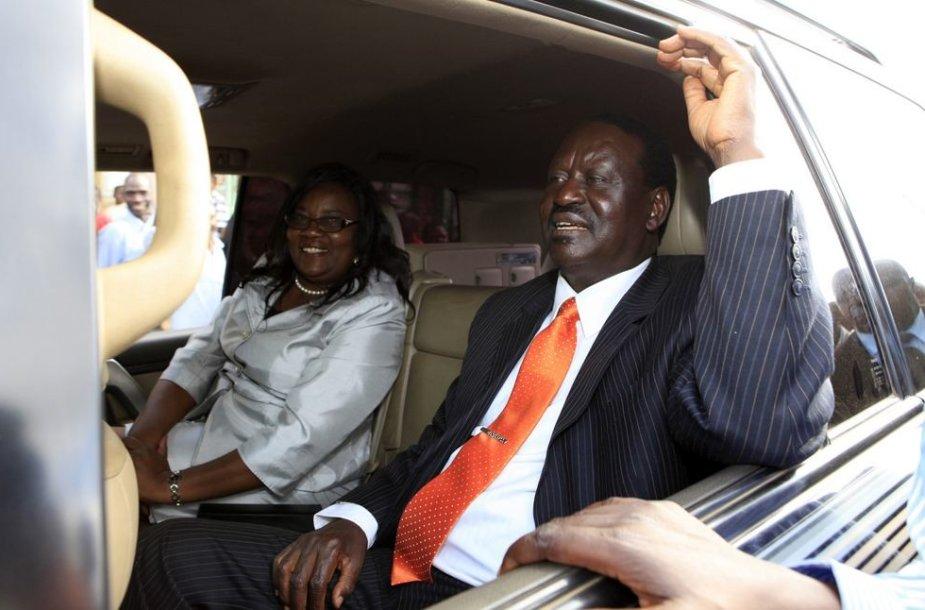Kenijos ministras pirmininkas ir kandidatas į prezidentus Raila Odinga su žmona Ida.