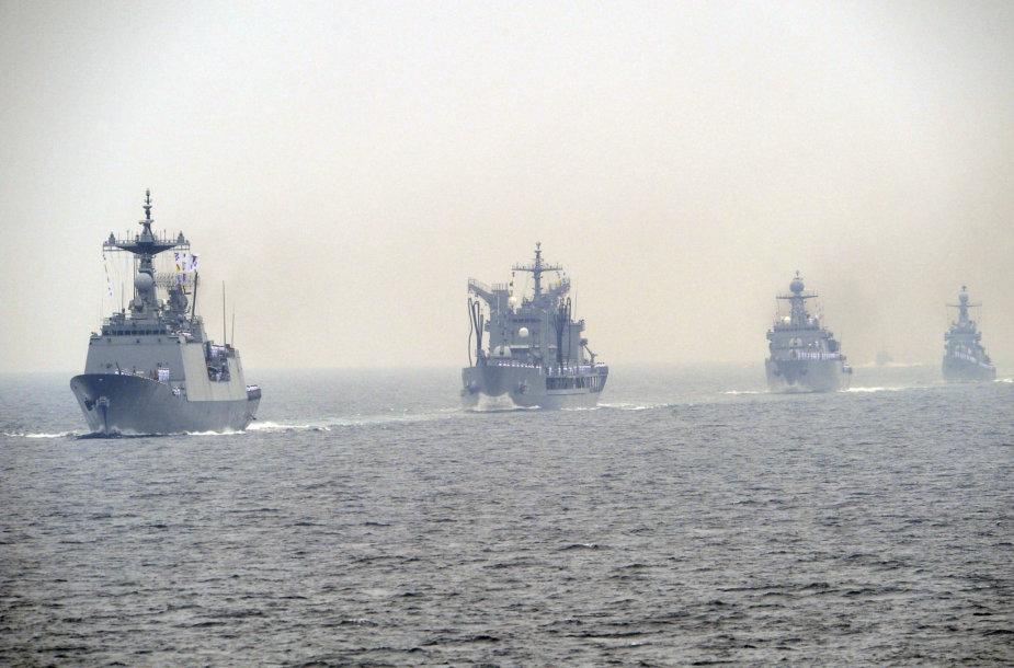 Pietų Korėjos karo laivai
