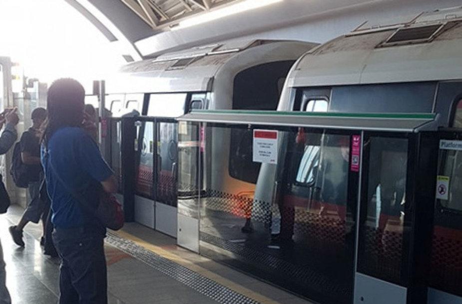 Singapūre susidūrė traukiniai