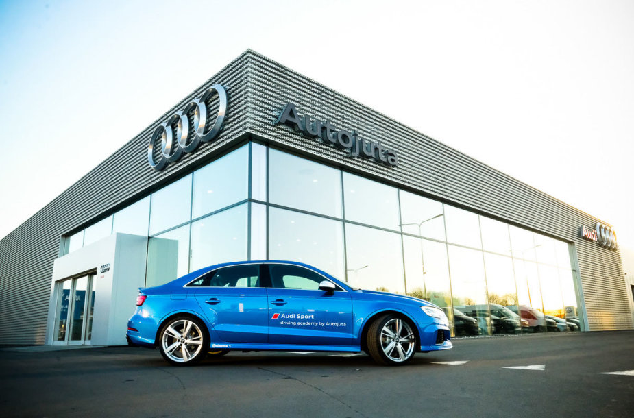 "Lietuvoje atidaroma ""Audi Sport"" vairavimo akademija"