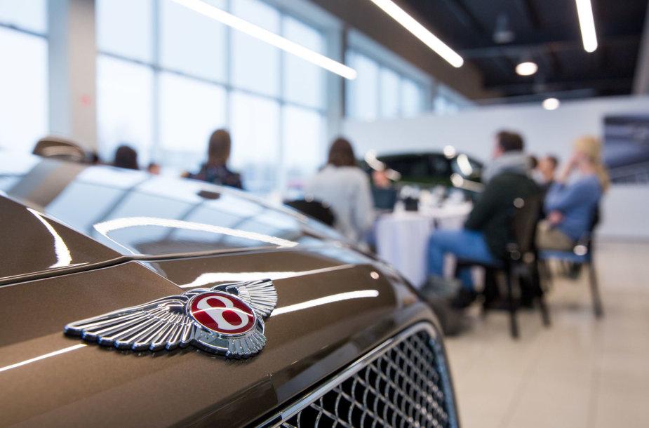 """Vilniuje atidarytas """"Bentley"""" automobilių salonas"""