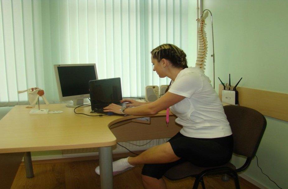 Netaisyklinga stuburo padėtis, judesio korekcijos specialistė Inga Šimkutė