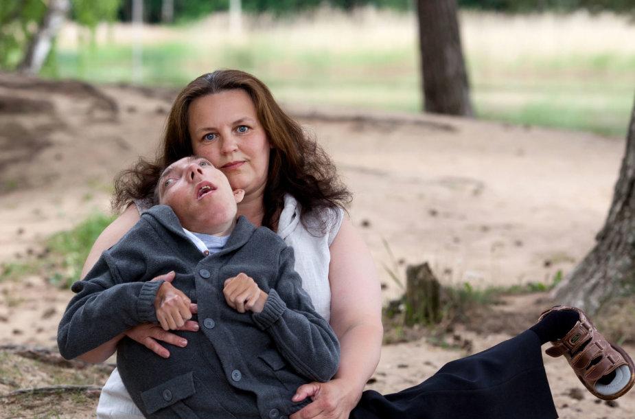 Arnoldas Urba (cerebrinis paralyžius, mikropcefalija, spastinė tetraplegija, epilepcija)